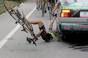 falling-bicyclist