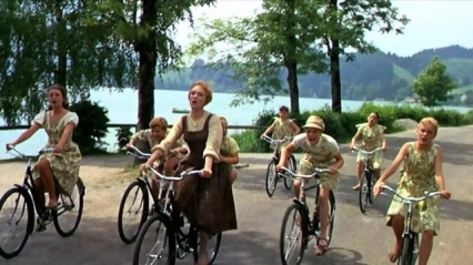 the_sound_of_music_film_do_re_mi-riding-bikes
